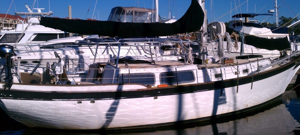 aft starboard view boat and dodger